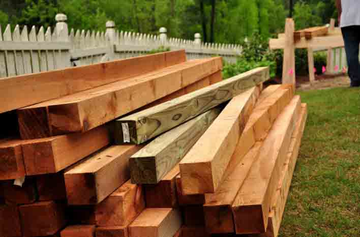 how to build a cedar raised garden beds