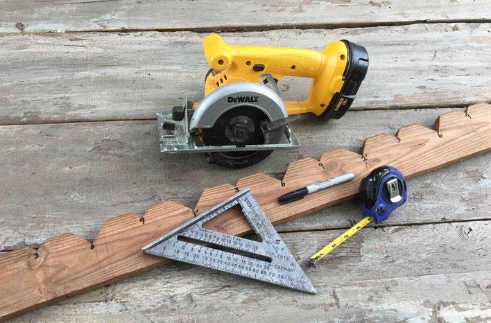 Plant board joe gardener for Basic tools for planting
