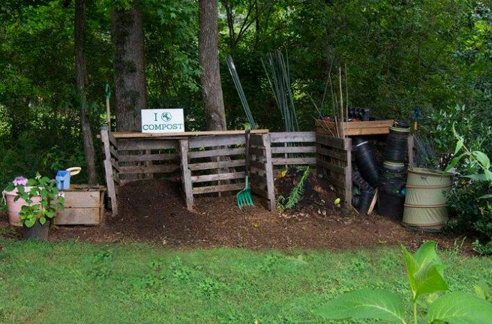 pallet bin composting system