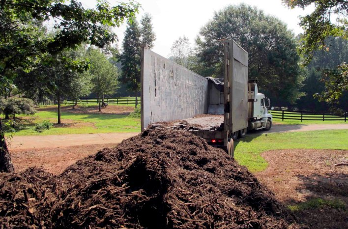 large mulch delivery