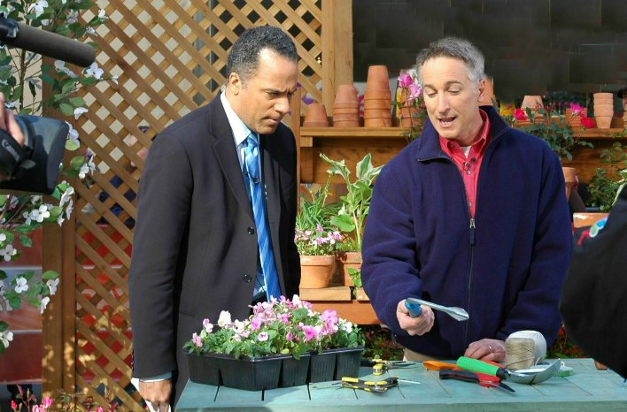 Today Show-Joe Lamp'l and Lester Holt showcase garden gear