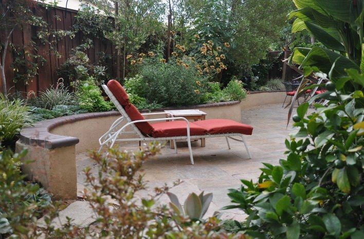 Small Space Garden Design Seating