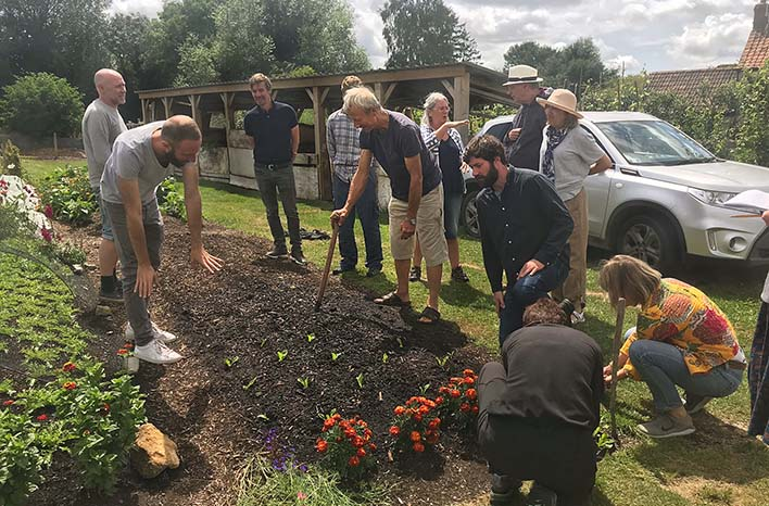 Charles Dowding gardening class