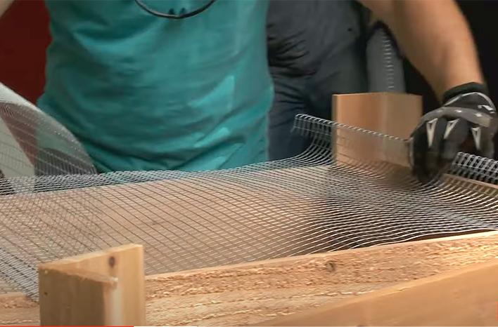 Adding wire mesh to a worm bin tray